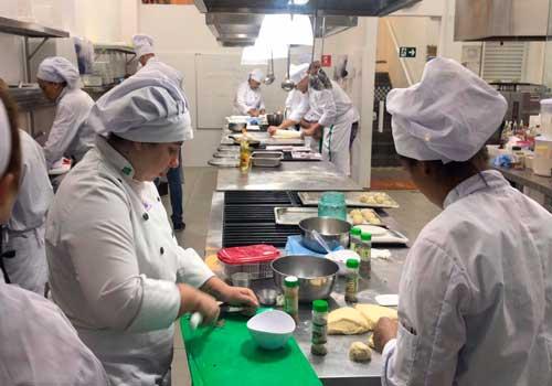Maior rede de escolas de gastronomia da América Latina chega em Diadema