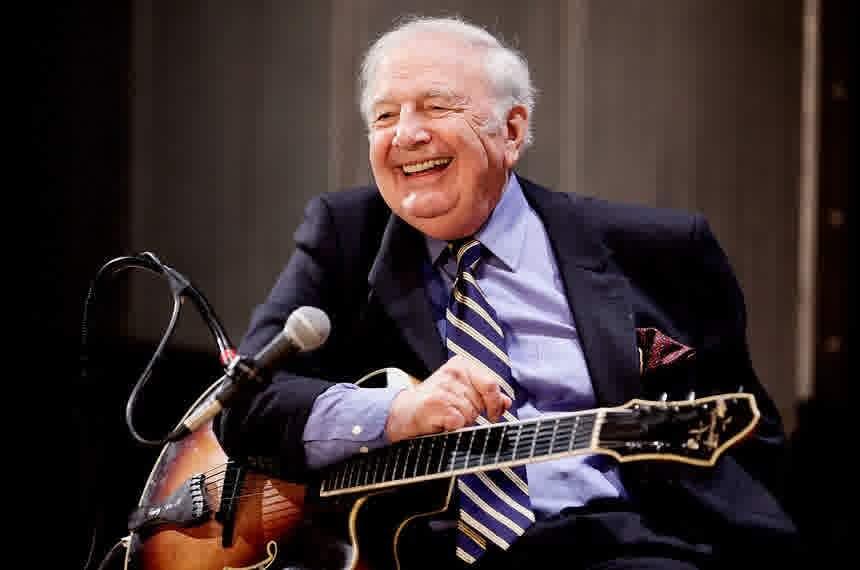 Morreu Bucky Pizzarelli, guitarrista de jazz, após ser ...