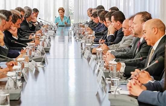 Presidente Dilma em reunião com Governadores