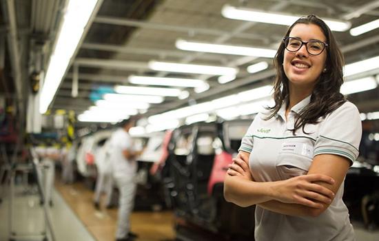 Jukliana assume a fábrica da Fiat chamada de Polo Automotivo Jeep