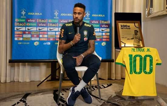 Neymar admite privilégios na seleção e vê lesões afastá-lo de prêmio da Fifa