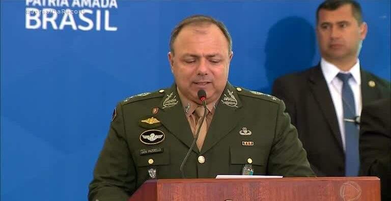 Com mais 20 militares nomeados para o ministério da Saude, agora a pasta já conta com 40.