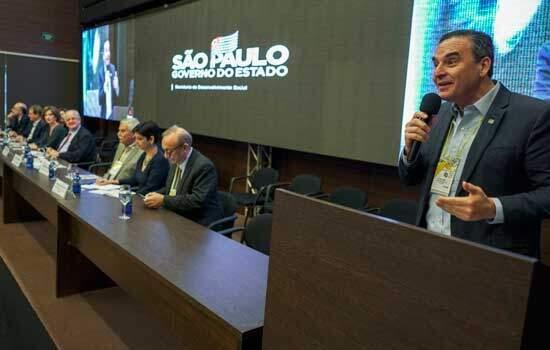 O secretário estadual da Habitação, Flavio Amary, apresentou programas importantes da Pasta para a região