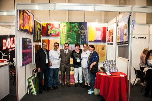 Luis de Lima mostra quadros na Reatech