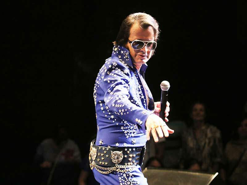 Show de Ronnie Packer- Elvis in Concert