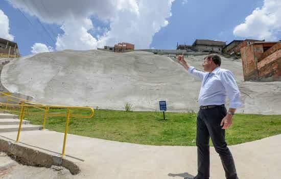 Orlando Morando ressalta construção de taludes em áreas de risco de São Bernardo