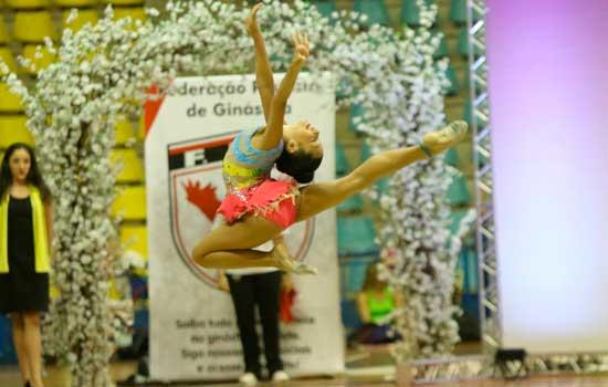Competição que reúne as melhores ginastas do País iniciou na quinta-feira (17/10) e segue até domingo (20/10);