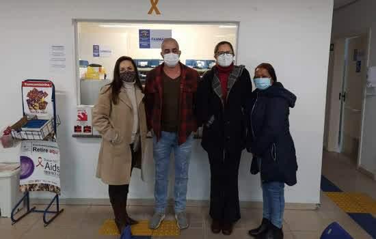 Da esquerda para a direita, Rosana Mattiazzo Cruciani, Juliano Leschics Santos, Geralda A. Vieira de Carvalho e Egizzabeth Ferreira Guirra