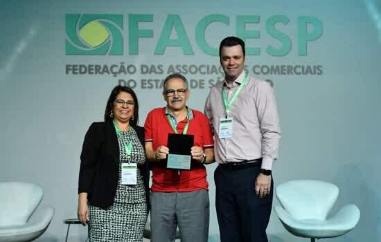 Associação Comercial de Diadema ficou em segundo lugar na categoria Desenvolvimento Local - Grande Porte. Mais três ACEs do Grande ABC foram homenageadas - Continue lendo