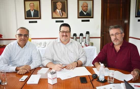 Zoilo de Souza Assis Júnior, Pedro Cia Junior e Ulisses Celso Garcia Gonçalves