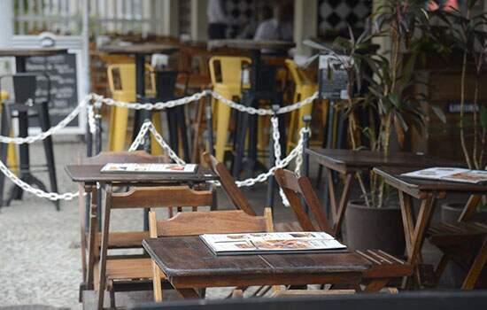 Pesquisa feita na Capital indica que 80% dos bares e 59% dos restaurantes não abriram
