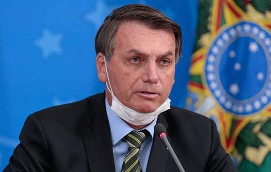 Bolsonaro diz que usou nome codificado justamente para não ser questionado sobre sua saúde