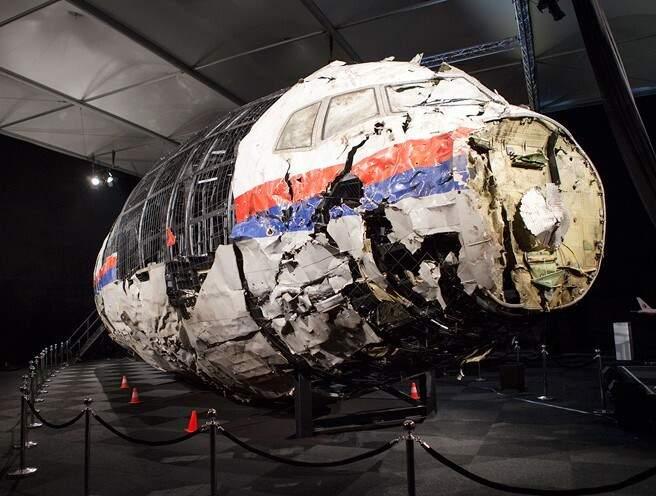 Reconstrução da cabine do voo MH17 da Malaysia Airlines abatido no leste da Ucrânia em 2014.