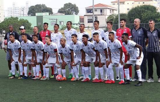 O Cachorrão está no Grupo 5, ao lado de São Bernardo FC, São Caetano, Água Santa, Corinthians, Santos e Taboão da Serra, além do próprio Santo André.