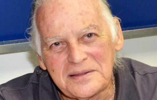 professor de Física Jorge Adilson Botelho Calil