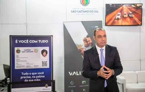 Auricchio recebe Prêmio InovaCidade pela criação do Cartão São Caetano