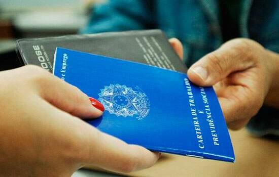 O goveno permite recontratações antes de 90 dias durante o estado de calamidade pública