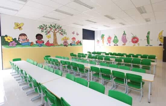 Prefeita Dona Alaide cria mais 200 vagas em creche