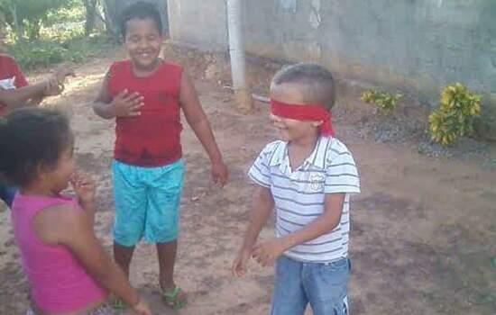 Alunos da rede municipal de Ribeirão Pires participam do Dia do Brincar