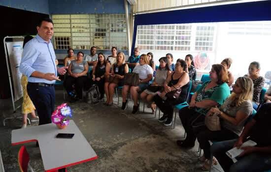 Encontro de Conselhos Escolares promove troca de experiências