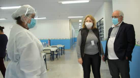 Escolas Municipais de Ribeirão Pires recebem EPIs e insumos para volta segura de aulas presenciais