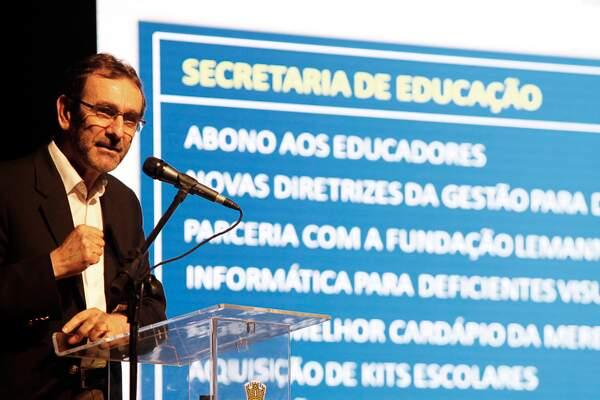Professor Daniel Contro falou sobre a Educação