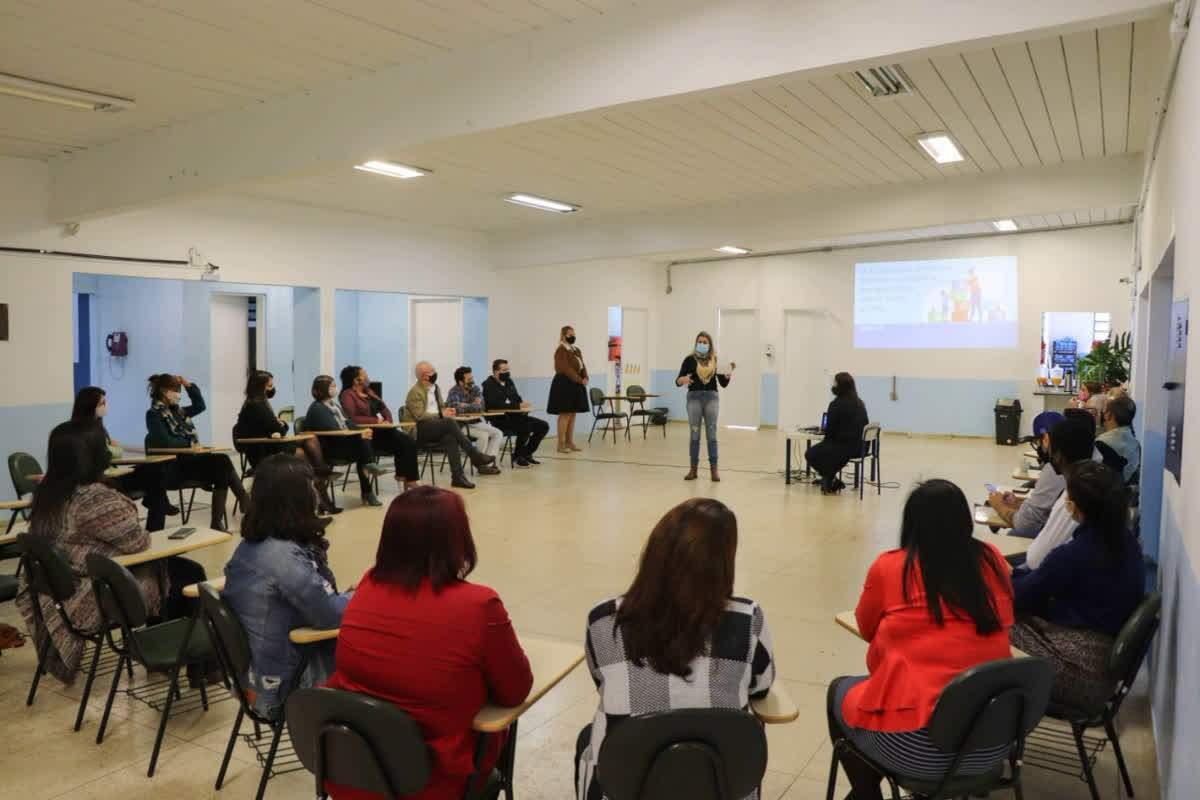 Secretaria de Educação apresentou relatório de 100 dias aos orientadores pedagógicos
