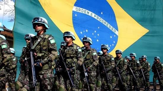 O Exército poderá ser obrigado a dispensar pelo menos 25 mil dos 80 mil recrutas no início de outubro
