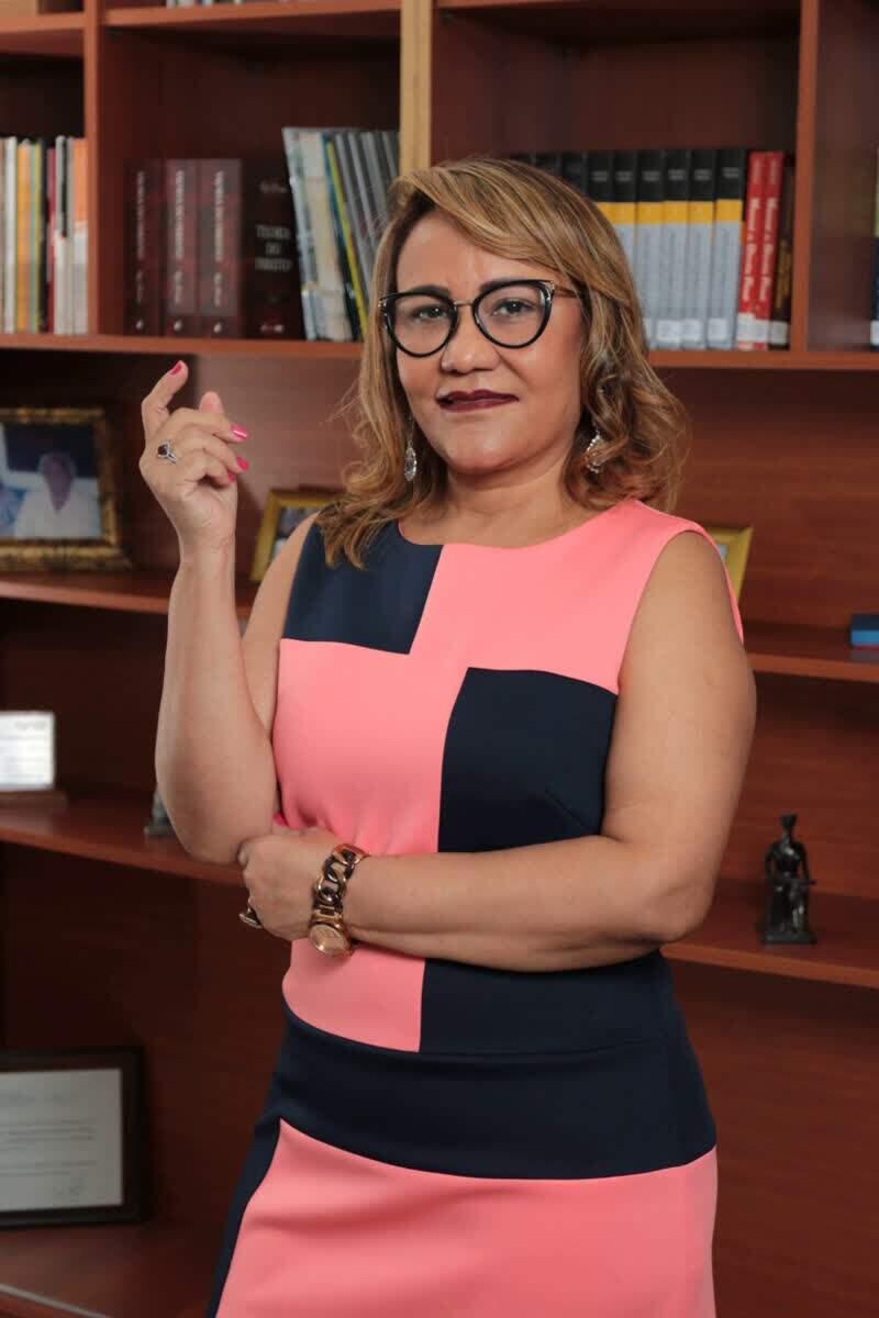 Presidente da Mantenedora da Faculdade FATEJ – FADISA, Dra. Arleide Braga