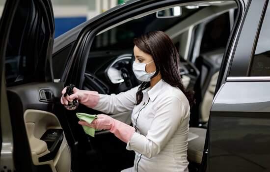 A desinfecção de veículos faz parte do programa Ford Clean