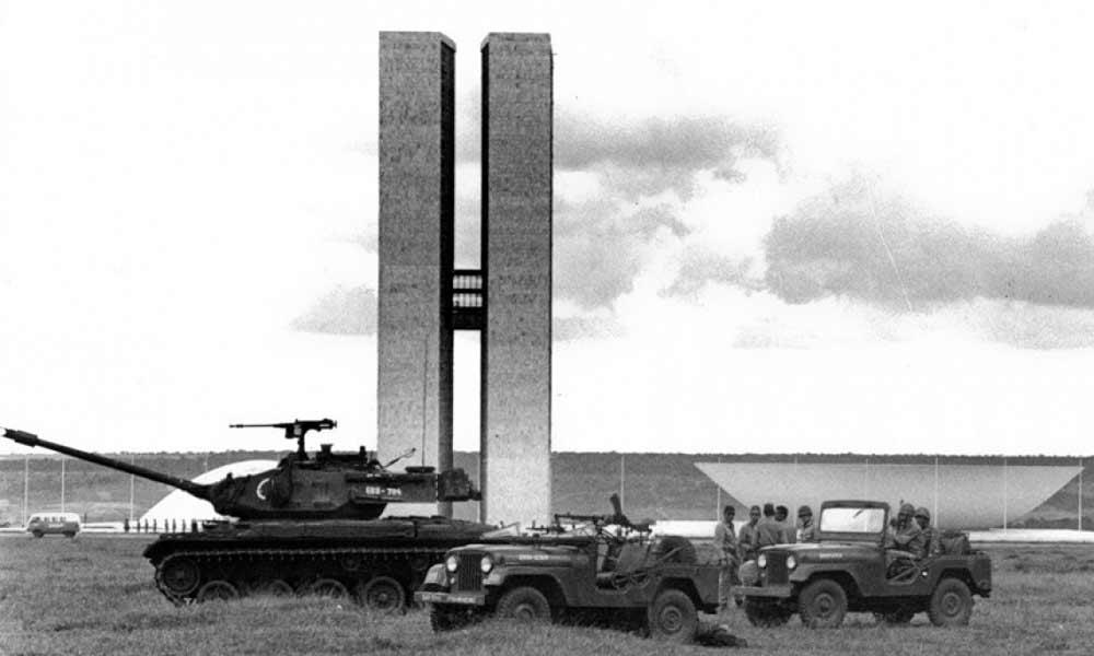 Golpe Militar de 1964 foi a tomada do poder pelas Forças Armadas, com a deposição do presidente João Goulart