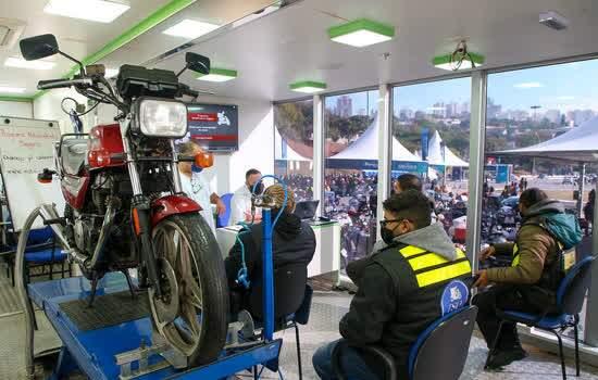 Governo de SP anuncia curso gratuito para motofretistas em Pit Stop do Detran.SP