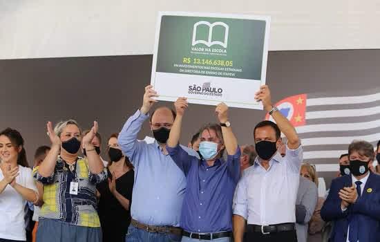 Doria visita obras do Hospital Regional e libera R$ 13 milhões para escolas estaduais na região de Barueri