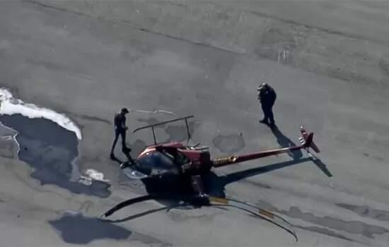 Helicóptero tomba ao fazer pouso no Campo de Marte, em São Paulo