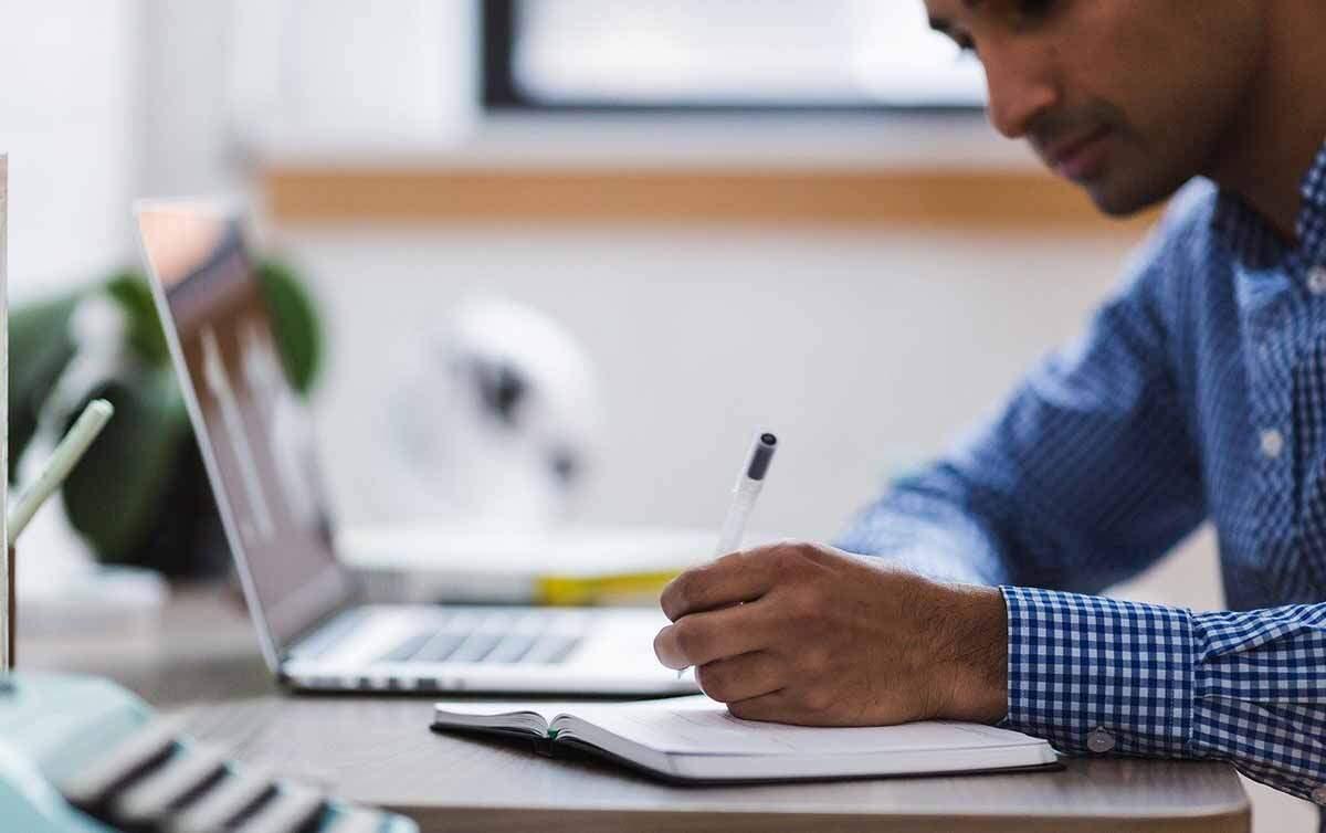 Para trabalho em home-office, bancários reivindicam fornecimento e manutenção de equipamentos