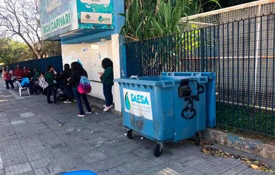 Projeto de Jander separa lixo e bica d'água