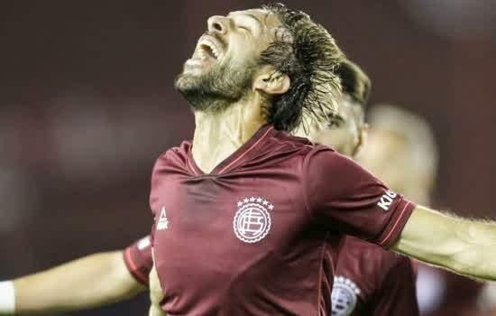 São Paulo joga bem, mas perde para o Lanús e decide vaga no Morumbi na próxima semana