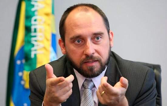 O ministro da Advocacia-Geral da União, Luís Inácio Adams