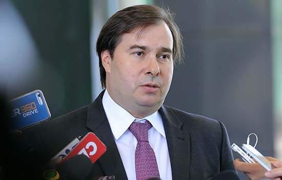 Maia declarou que a relação entre o Congresso e o Executivo segue na normalidade.
