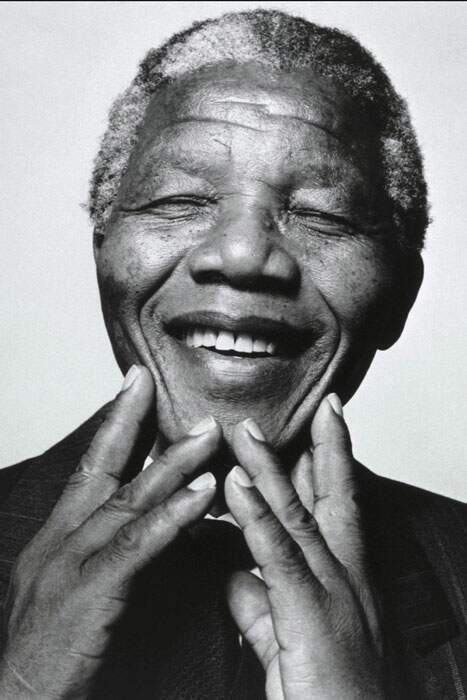 Poucos Mudam O Mundo Nelson Mandela Fez Isso