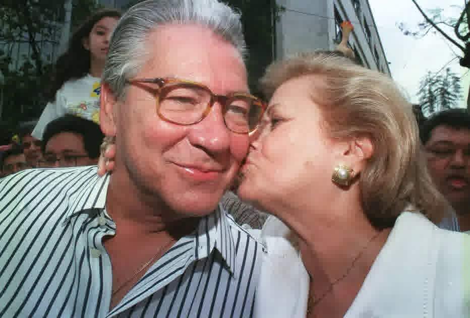 Mário Covas e sua esposa, Lila Covas, em 1998, durante campanha política