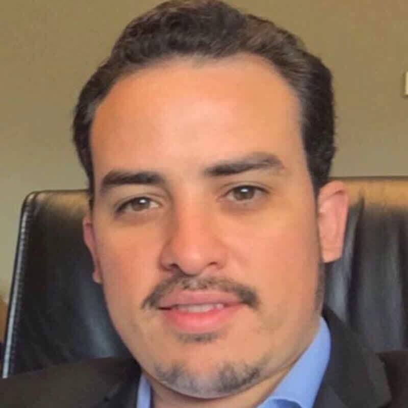 Cirurgião cardiovascular Prof. Dr. Lucas Barbieri