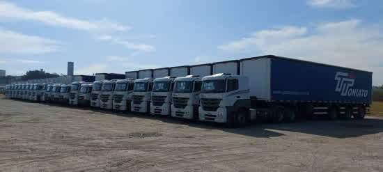 Cerca de 80% dos mais de 540 caminhões do Grupo Toniato são da marca Mercedes-Benz