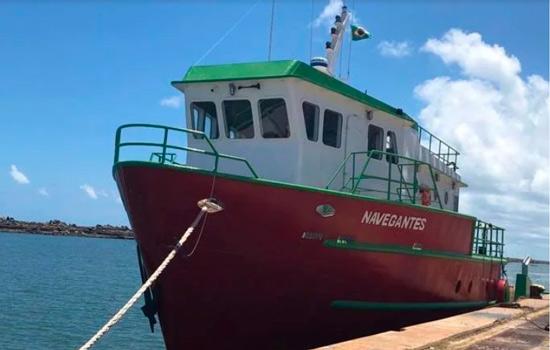 Barco Navegantes desapareceu quando seguia a rota  para Fernando de Noronha