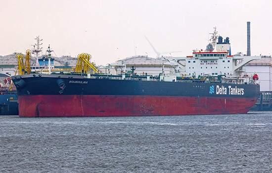 Delta Tankers, responsável pelo Boubolina, revelou tratar-se dos navios-tanques Maran Apollo e Maran Libra (da Maran Tankers), Minerva Alexandra (Minerva Marine) e do Cap Pembroke (Euronav), além do Bouboulina.