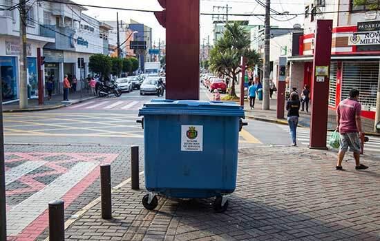 As novas lixeiras estão sendo distribuídas em diversos pontos de São Caetano