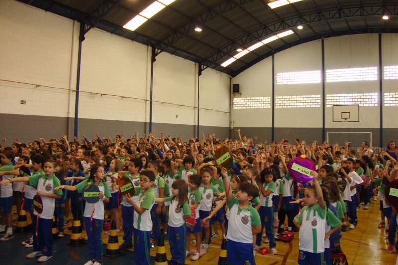Alunos do 1º ao 8º ano participam do evento cultural e esportivo Olimpíadas 28