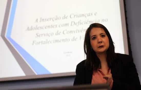 Diadema discute atendimento à Pessoa com Deficiência