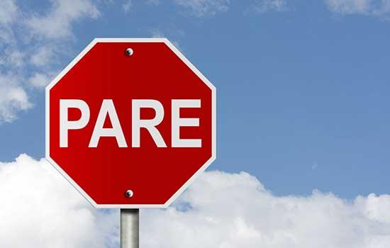 Placas de sinalização no trânsito: funções e características