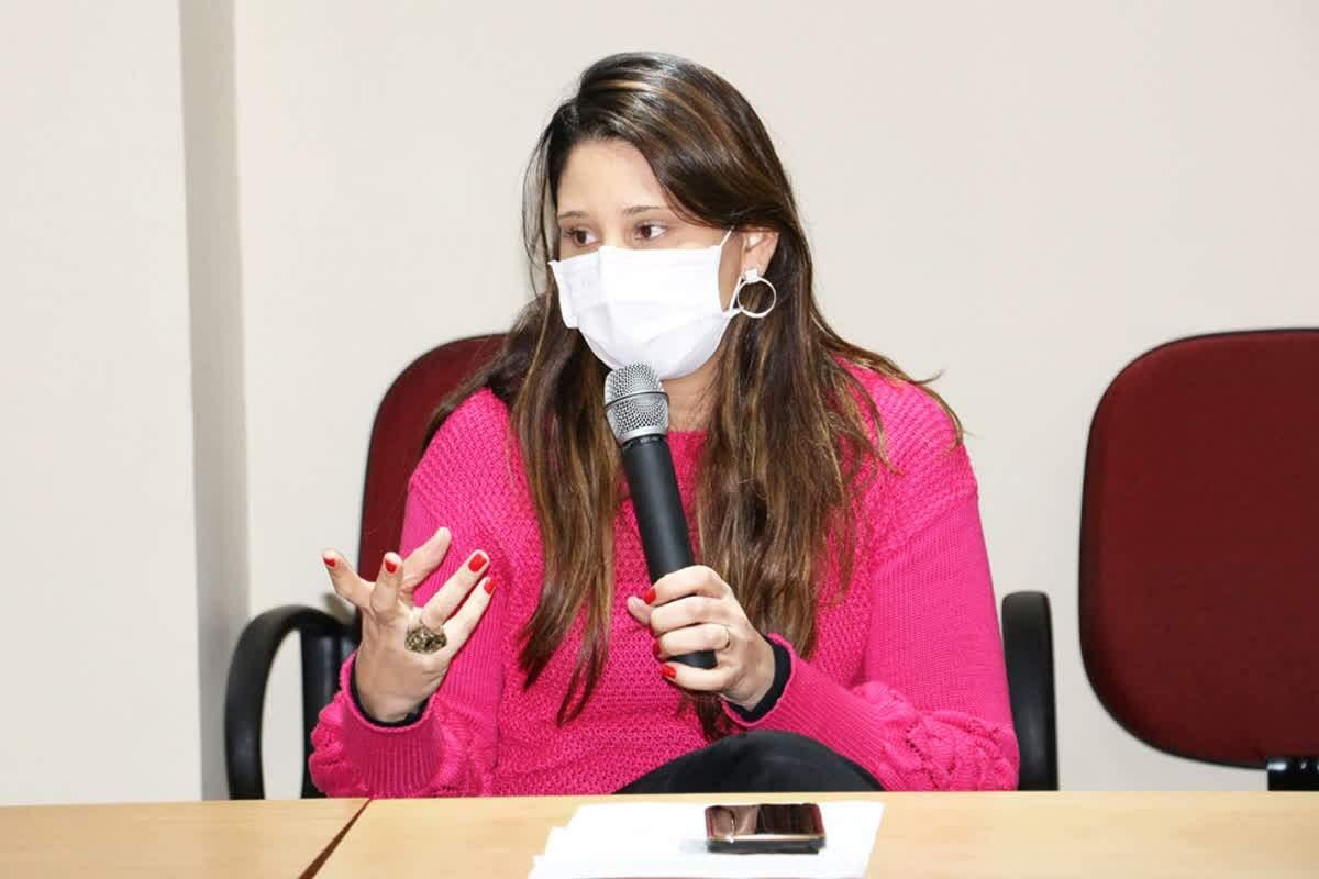 Dra. Priscila de Almeida Meyer